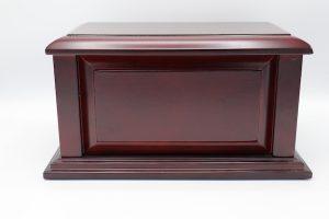 Wooden Urn – Manchester Cherry